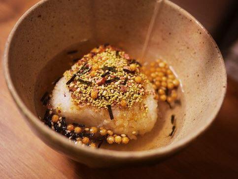 韓国の反応:「日本人がご飯にかけている食べ物が凄く美味しそうなんだがwww」→「日本の食文化は本当に羨ましいですねww」