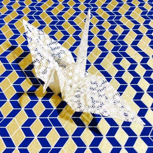 韓国の反応:「思わず見とれてしまいますねw」→「日本の技術で作ったこのオシャレな紙が綺麗すぎる件w」