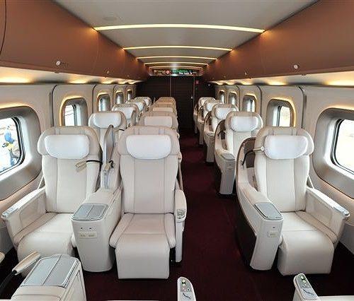 韓国の反応:「日本の新幹線のファーストクラス席が豪華すぎてワロタwww」→「まるで高級ホテルのように贅沢ですね・・・」