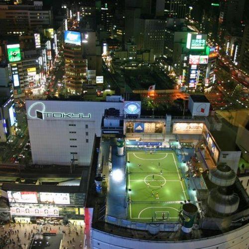 外国人「これはとても面白いアイデアだな」→「日本のとある変わった場所にあるスポーツ施設がすごい件w」